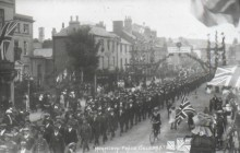 Monnow street celebrations after WWI peace (Wikimedia Commons)